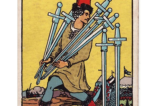 7 of swords Rider Waite tarot