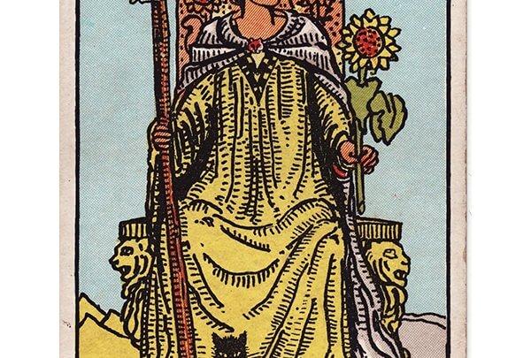Queen of wands Rider Waite tarot