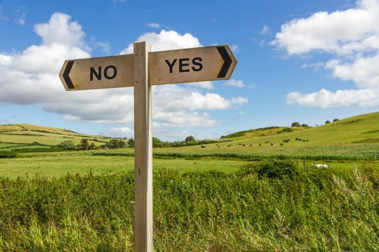 How to Get a Yes or No Answer from Tarot