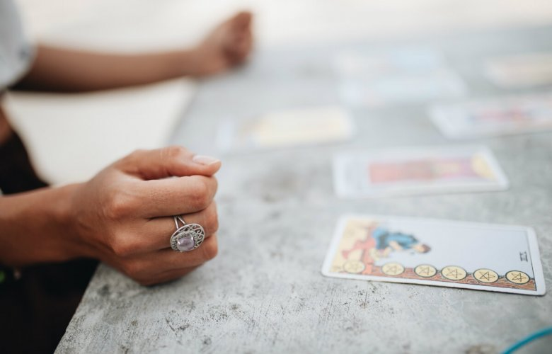 How to Get Started Making Money as a Tarot Reader