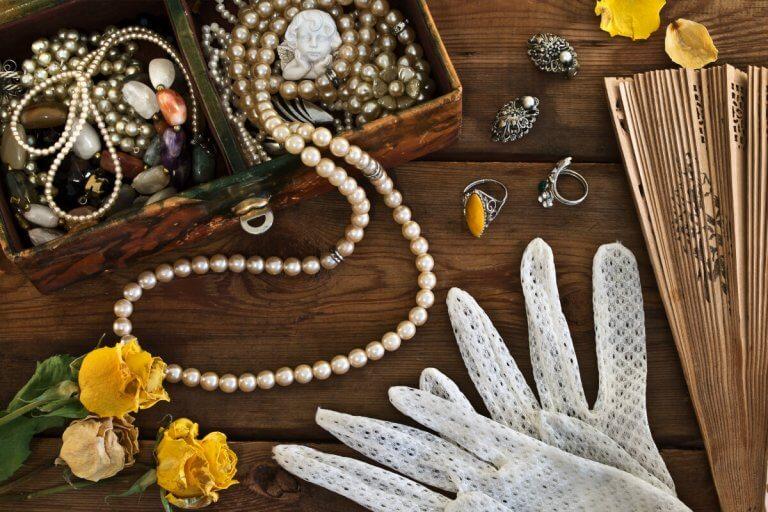 The Energy of Heirloom Jewelry