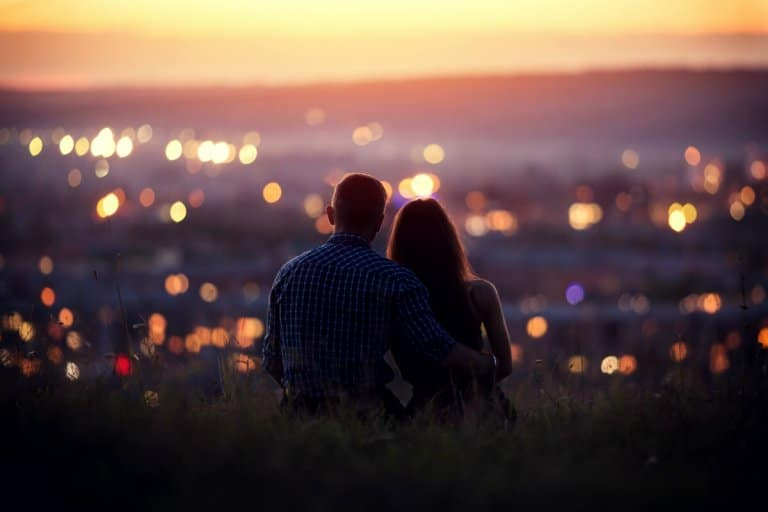 The Perfect First Date According to Your Zodiac Sign