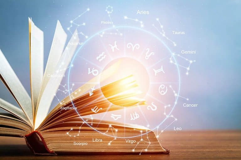 4 Must-Have Books to Start Studying Astrology