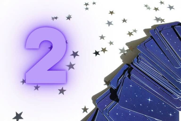 The Numerology of the Number 2 in Tarot