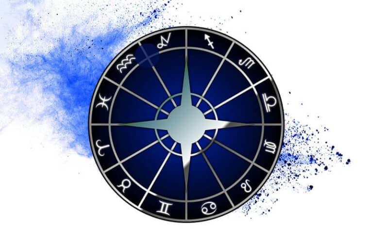Capricorn-Aquarius cusp