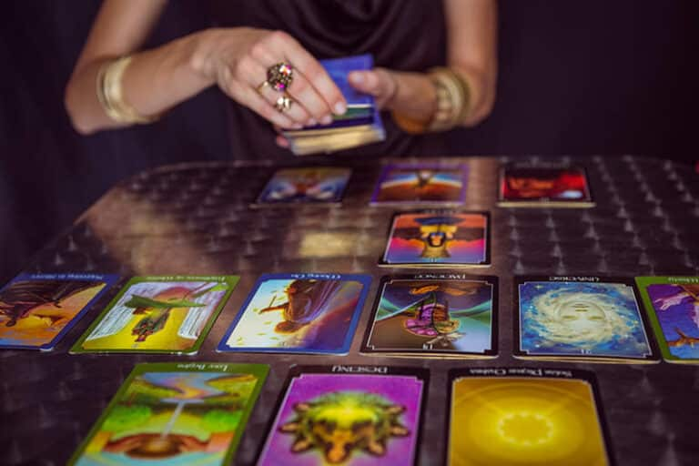 10-Card Tarot Reading of the Month